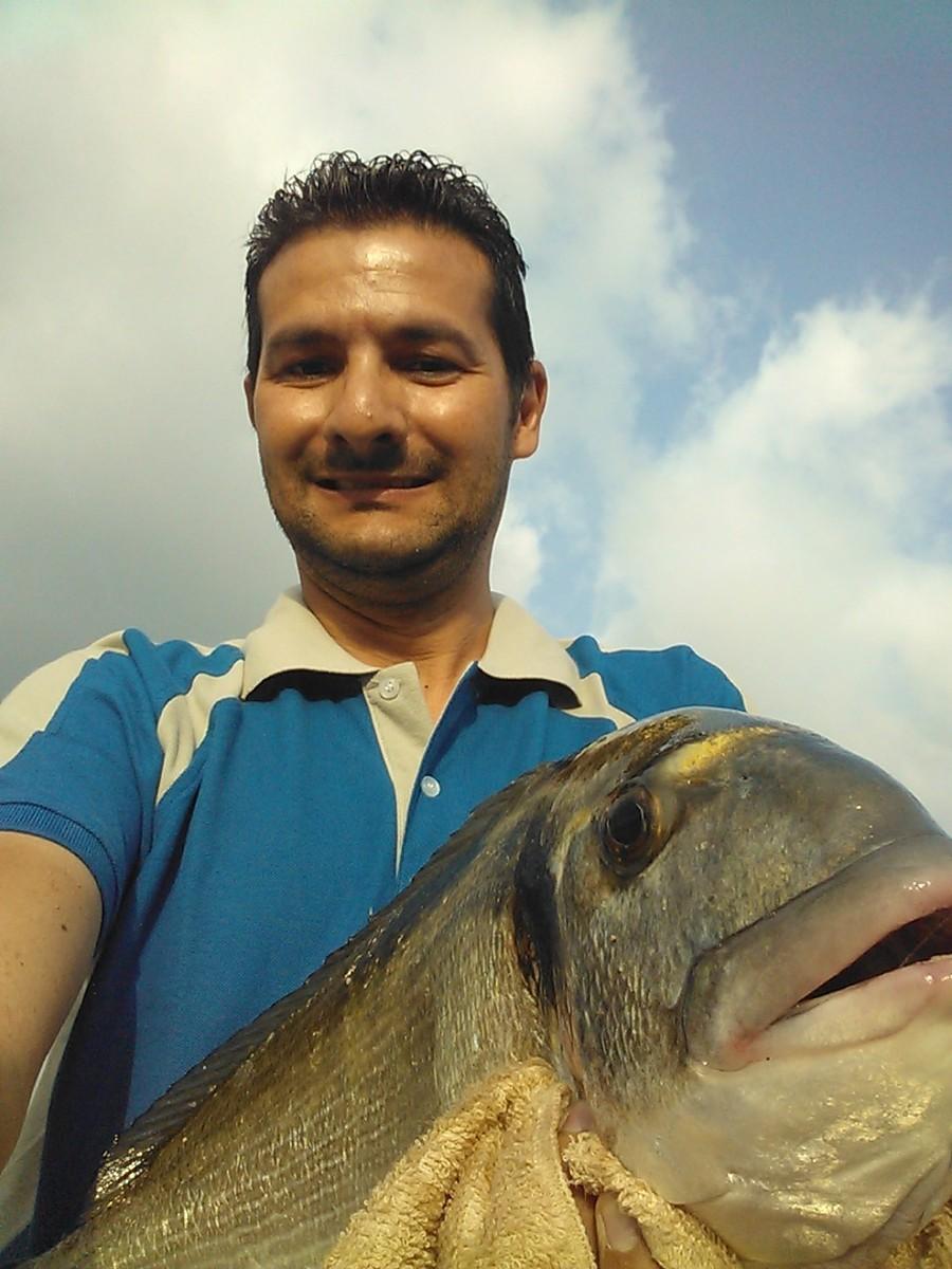 Pesca alle orate al porto di Porto Torres (SS)